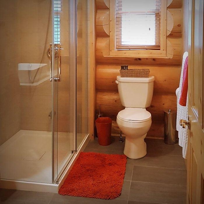 Salle de bain, Fiddler's Lake